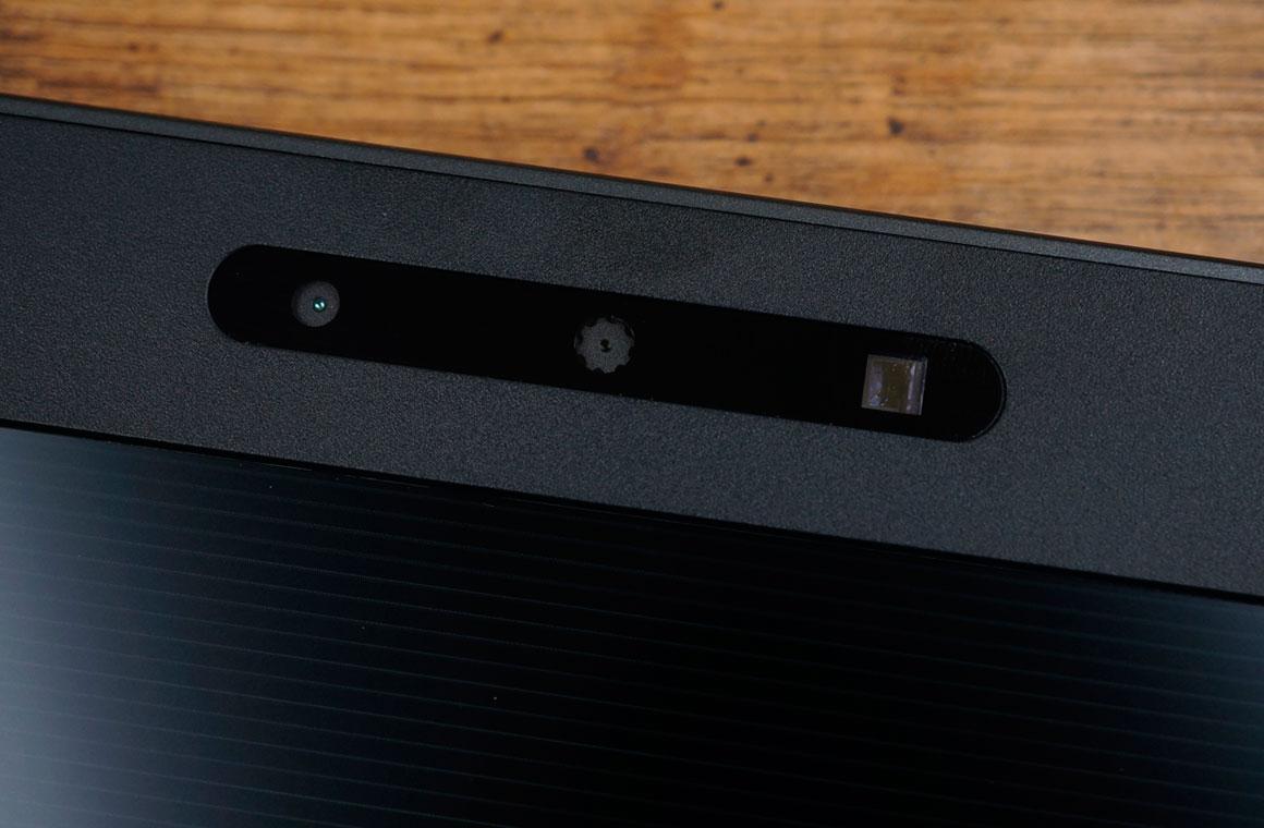 HP Omen Dual Camera