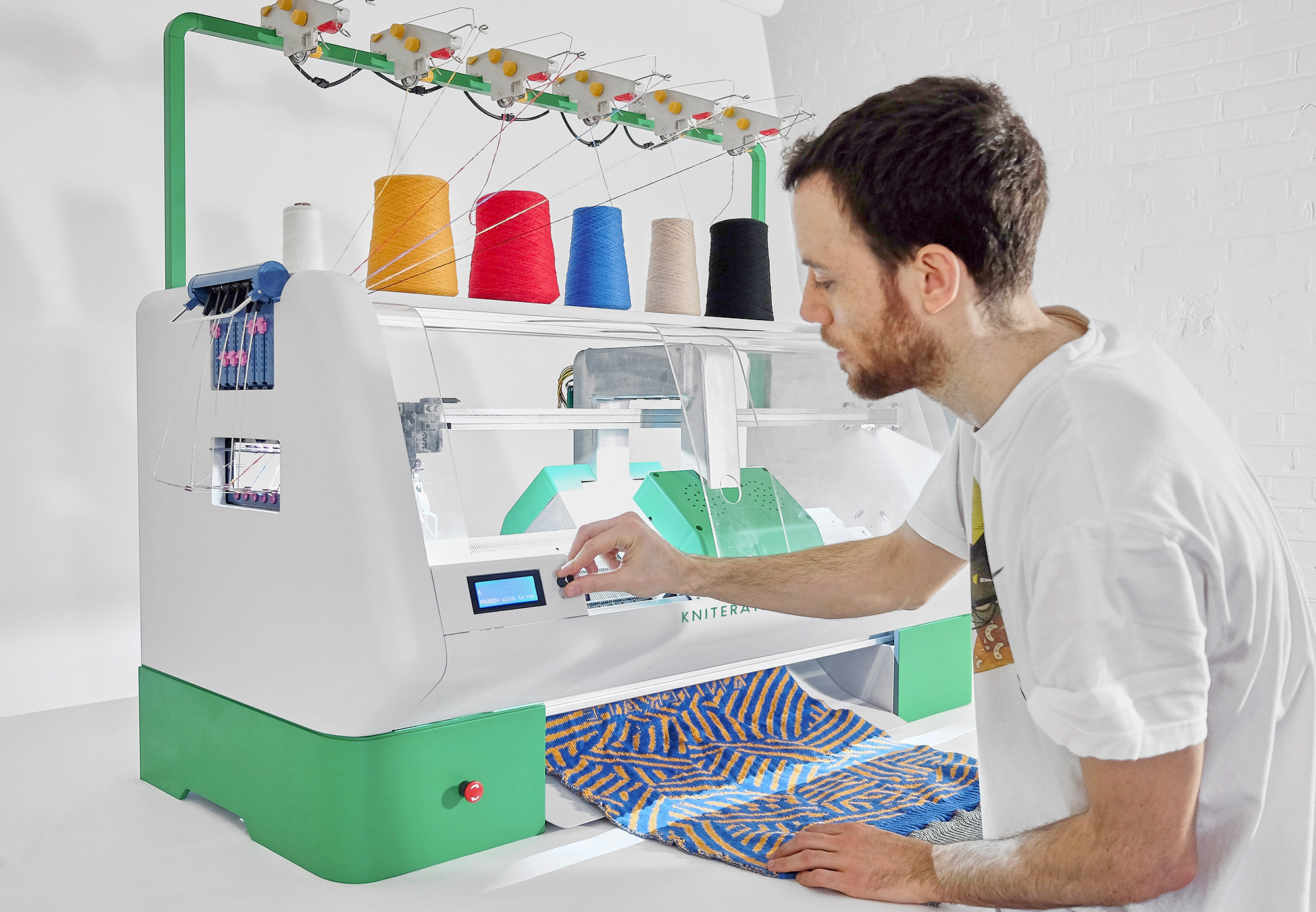 Kniterate machine