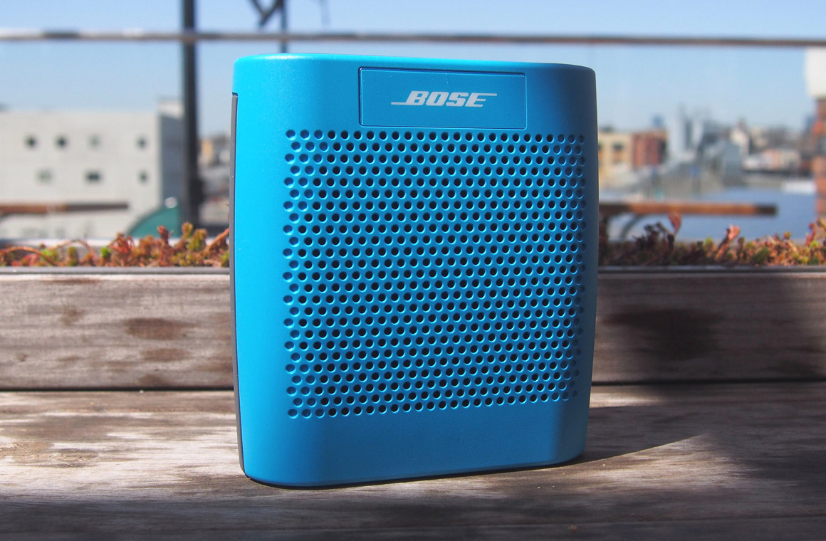 bose soundlink color обзор