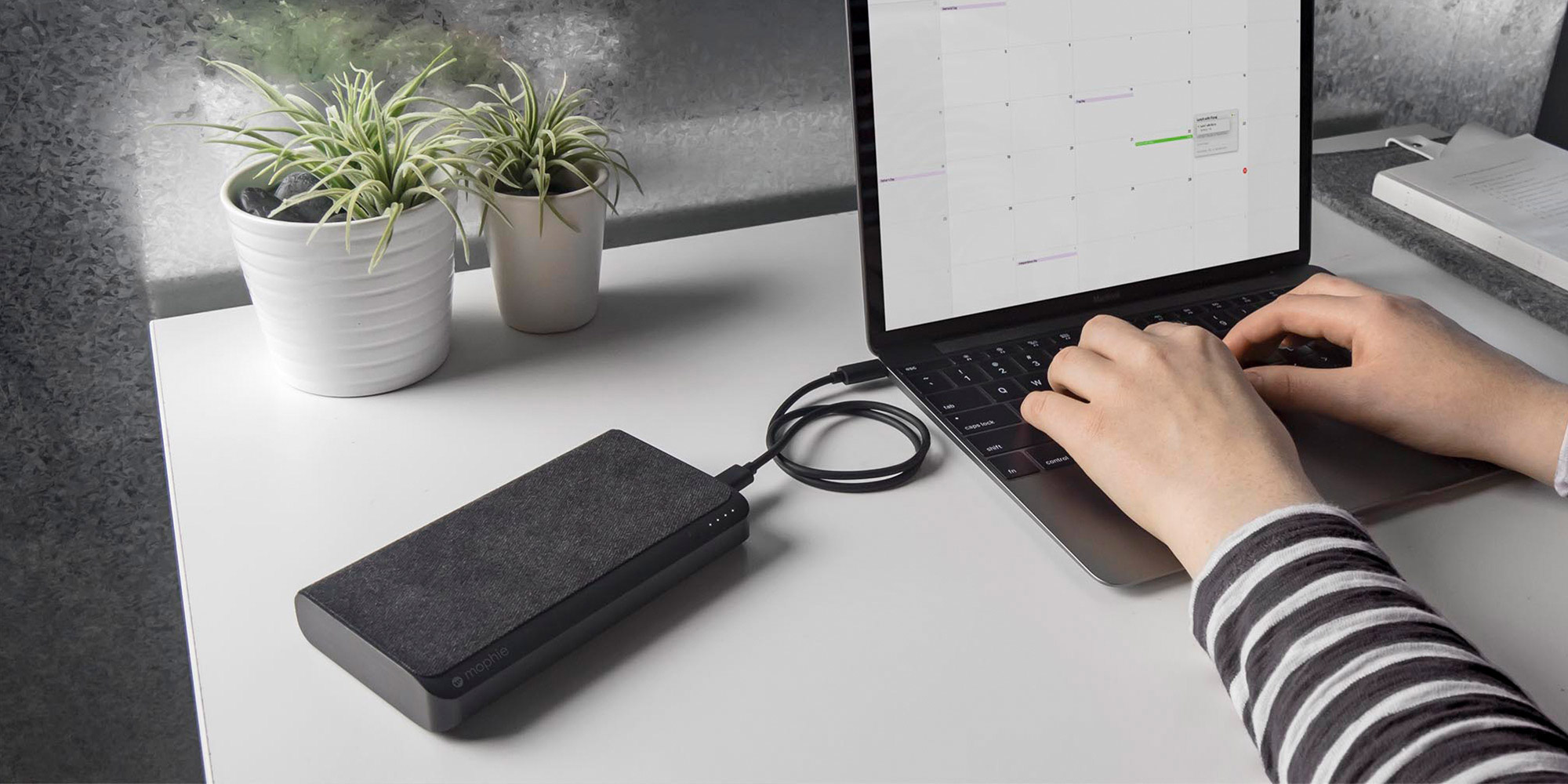 Mophie USB-C XXL MacBook Charge