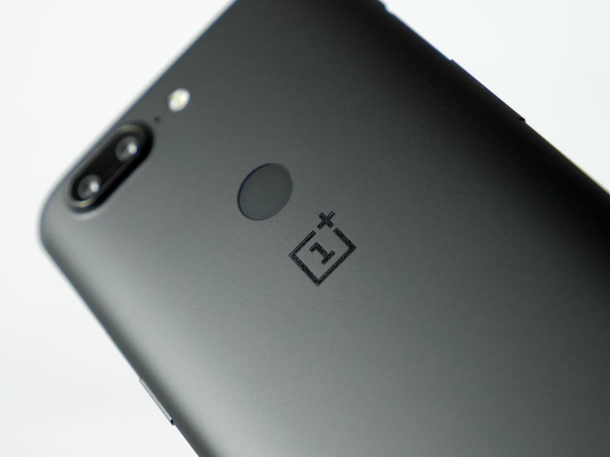 Сканер отпечатков пальцев OnePlus 5T