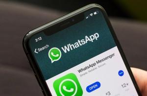 Приложение WhatsApp на iPhone X