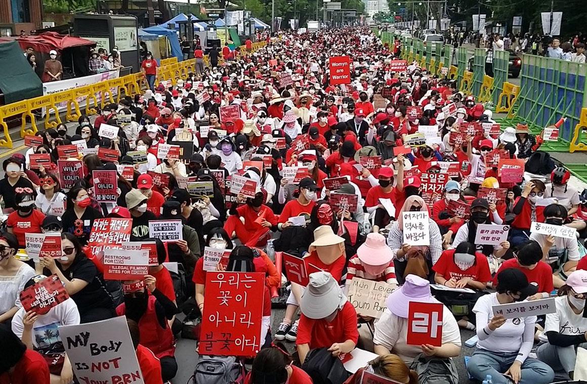 Кореянки против скрытых камер