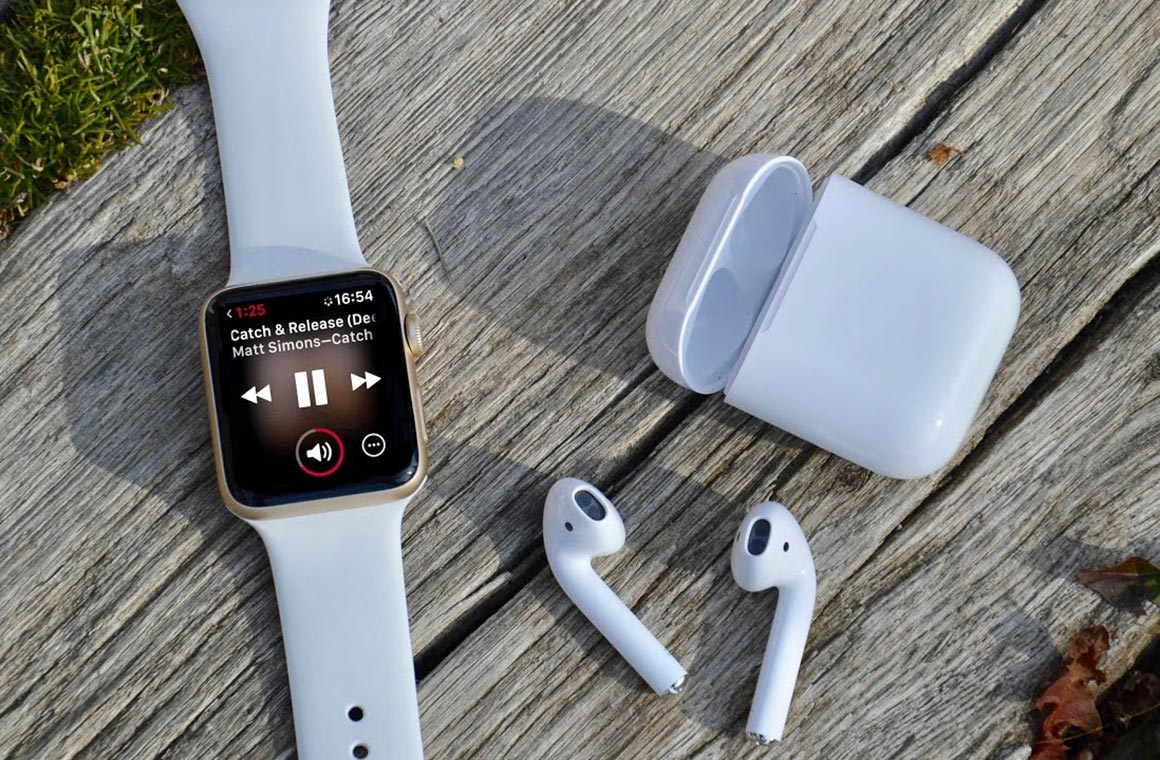 Apple Watch how to check AirPods battery