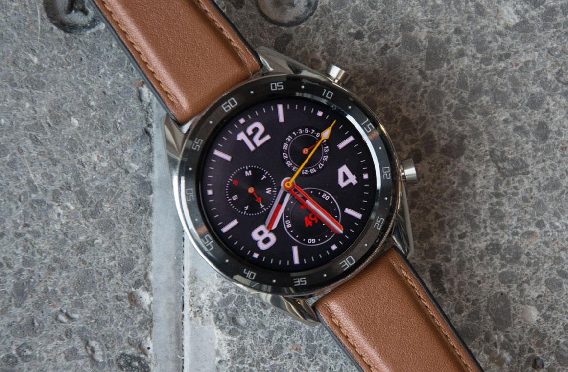 Huawei Watch GT Classic спереди