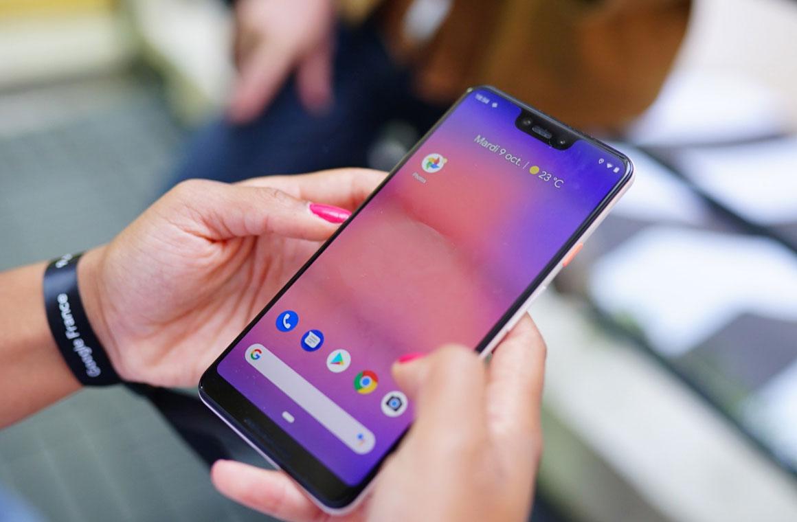 Google Pixel 3 в руках