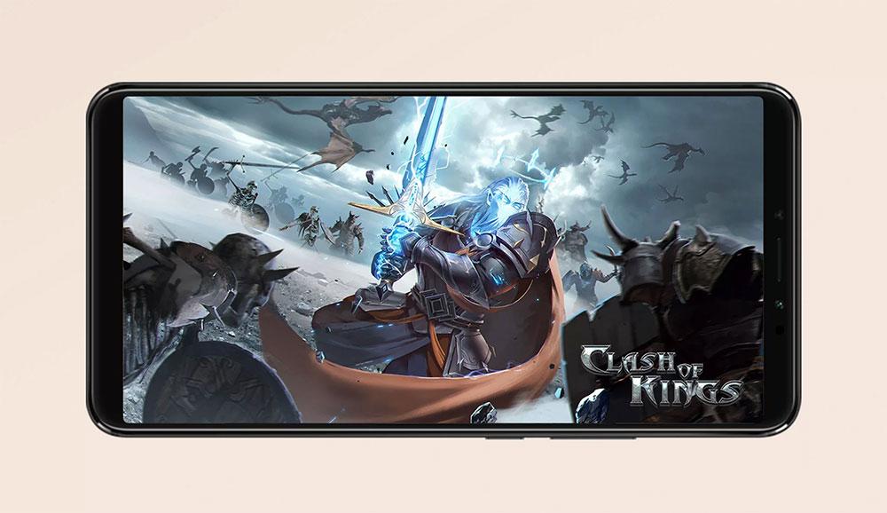 Xiaomi Mi Max 3 с заставкой игры на экране