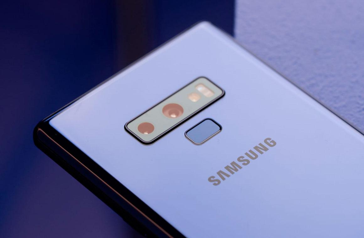 Samsung Galaxy Note 9 вид сзади