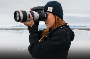 Екатерина Мухина с камерой Canon EOS R