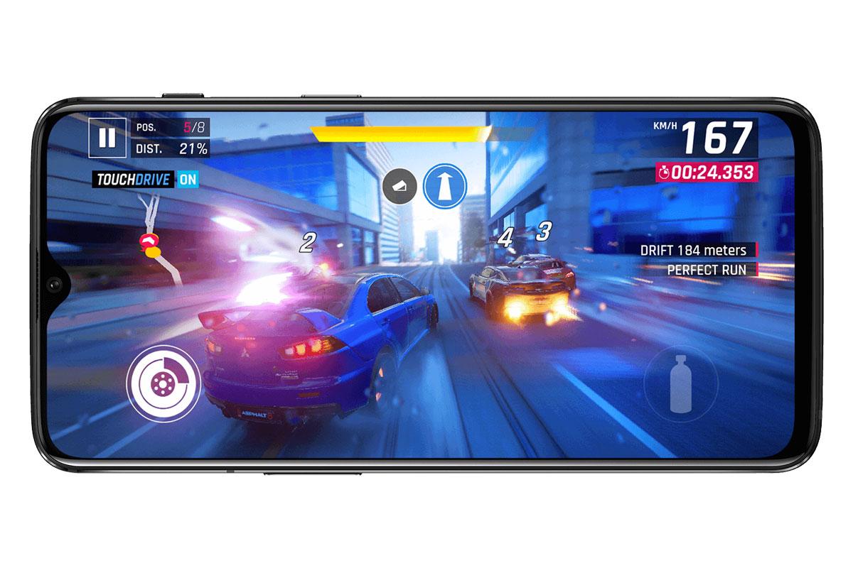 Игра на экране OnePlus 6T