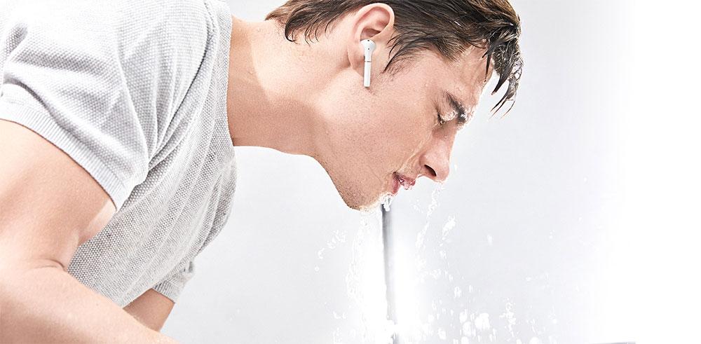 Huawei FreeBuds 2 Pro влагозащита