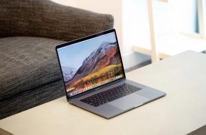 macOS MacBook