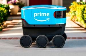 Amazon Scout на улице