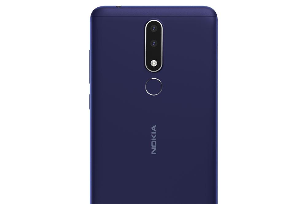 Nokia 3.1 Plus вид сзади