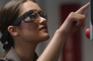 google glass enterprise edition 2 на лице