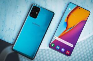 Samsung Galaxy S11 с двух сторон