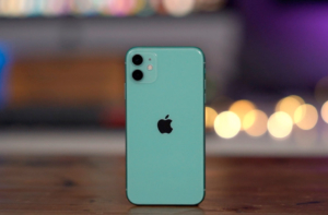 iPhone 11 сзади