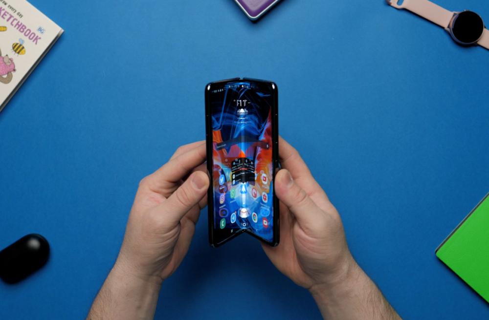 samsung galaxy fold гибкий экран