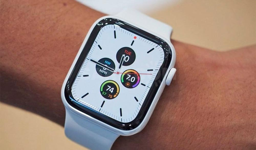 Дисплей Apple Watch 5