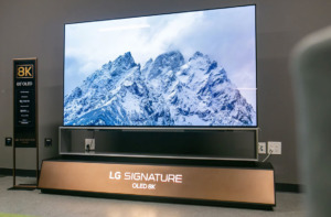 LG OLED 8K экран