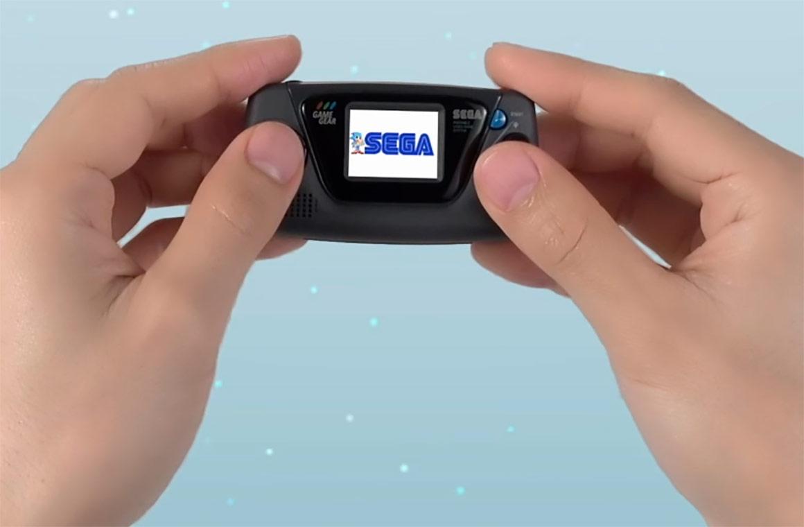 Ретро-косноль Sega Game Gear Micro