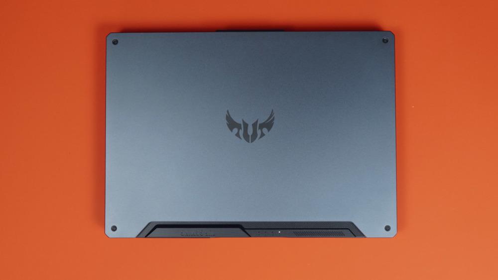 Asus TUF Gaming A15 крышка
