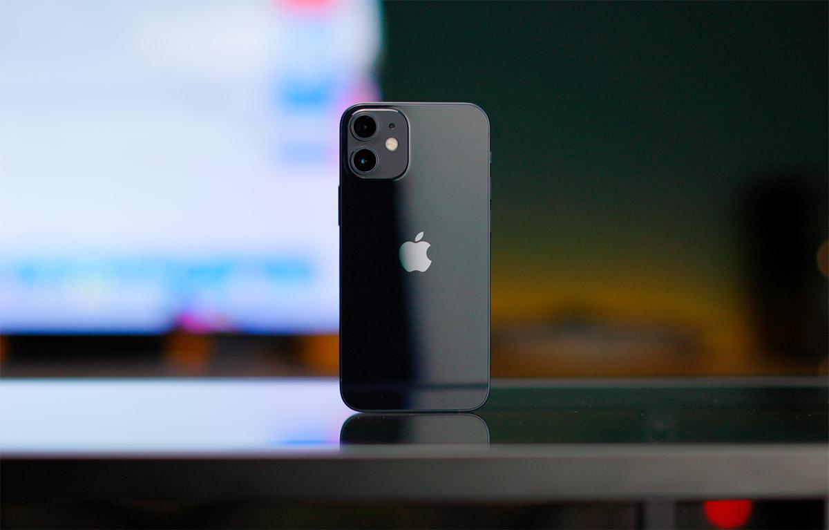 iPhone 12 Mini дизайн