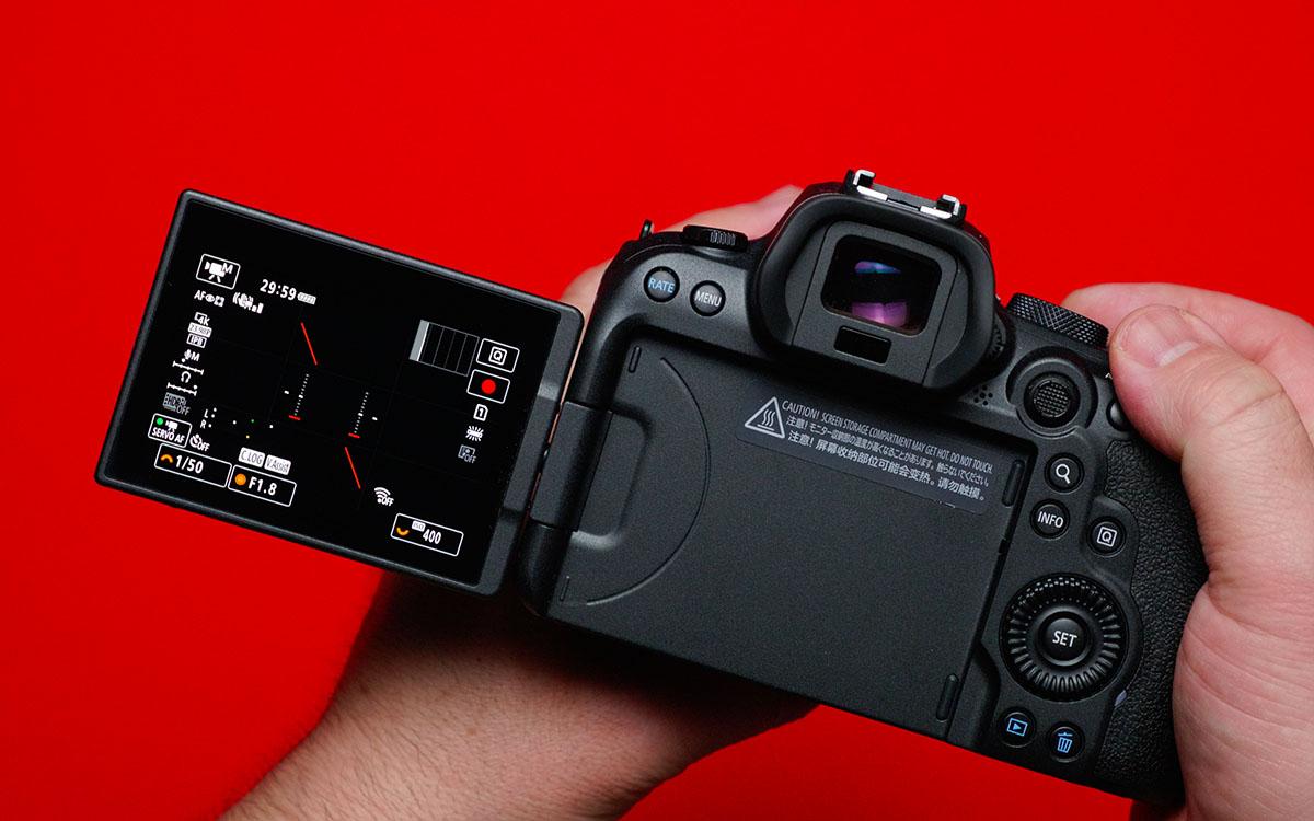 Canon EOS R6 поворотный экран