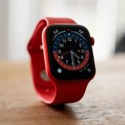 Apple по-прежнему лидирует на рынке умных часов