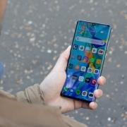 Google удалила смартфоны Huawei P30 Pro и Mate X с…