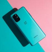 Представлен OnePlus 8T: дисплей 120 Гц с Always On и…