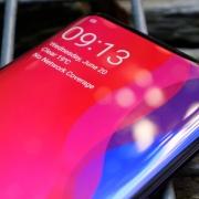 Oppo представит первый смартфон с подэкранной фронтальной камерой 26 июня