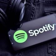 У сервиса Spotify почти 300 миллионов активных пользователей