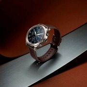 Huami Zepp Z - премиальные умные часы, работающие до двух…