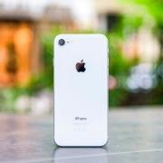 Аксессуары для iPhone 9/SE 2 появились на Best Buy