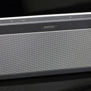 Bose Soundlink III: обзор премиальной портативной колонки