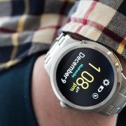 Умные часы Fossil Q Founder: дань требованиям рынка