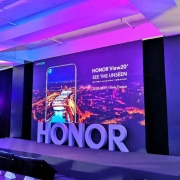 Honor View 20 получил «дырку» на дисплее и 48 Мп…