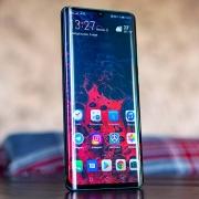 Huawei не будет использовать HarmonyOS для смартфонов в этом году