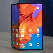 Релиз Huawei Mate X перенесен на сентябрь 2019 года