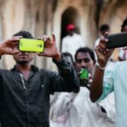 Индия стала вторым по величине рынком смартфонов, сместив США