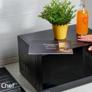 Книга «Простые рецепты для микроволновой печи» познакомит c возможностями LG…