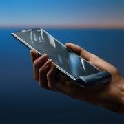 Motorola представила «реинкарнацию» телефона-раскладушки RAZR