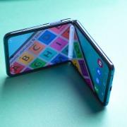 Обзор гибкой раскладушки Samsung Galaxy Z Flip - ностальгические инновации