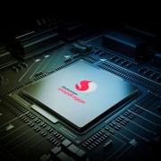 Qualcomm готовит новый субфлагманский процессор Snapdragon 735