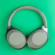 Обзор Sony WH-1000XM2: беспроводные наушники с шумоподавлением нового уровня